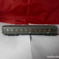 Trenes Escala: VAGÓN PASAJEROS DE LA DB ESCALA N DE ROCO. Lote 221846270
