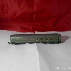 Trenes Escala: VAGÓN PASAJEROS DE LA DB ESCALA N DE ROCO. Lote 221846280
