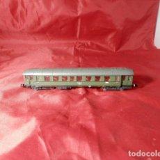 Trenes Escala: VAGÓN PASAJEROS DE LA DB ESCALA N DE ROCO. Lote 221846375