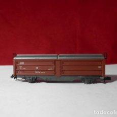 Trenes Escala: VAGÓN CERRADO ESCALA N DE ROCO. Lote 222912590