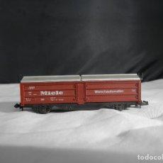 Trenes Escala: VAGÓN CERRADO ESCALA N DE ROCO. Lote 232750280