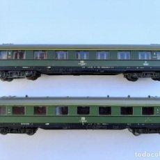 Trenes Escala: ROCO-24236 N. PAREJA DE COCHES DE PASAJEROS SCHÜRZENWAGEN. Lote 248590370