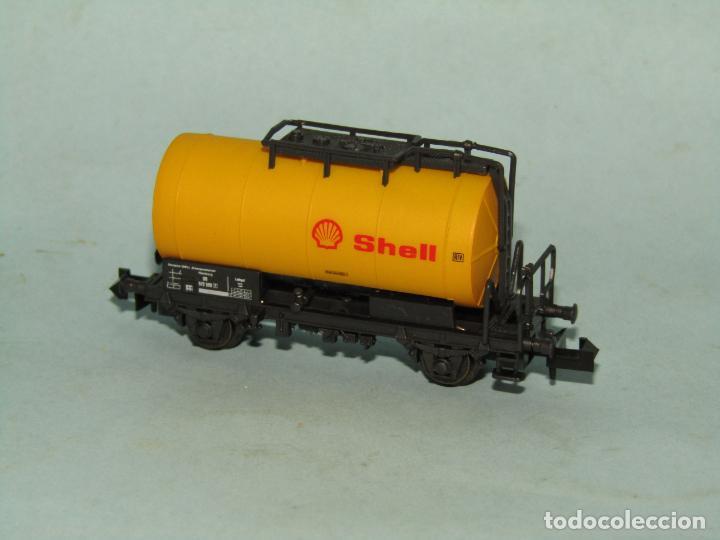 Trenes Escala: Vagón Cisterna SHELL de la DB en Escala *N* de ROCO - Foto 5 - 257485605