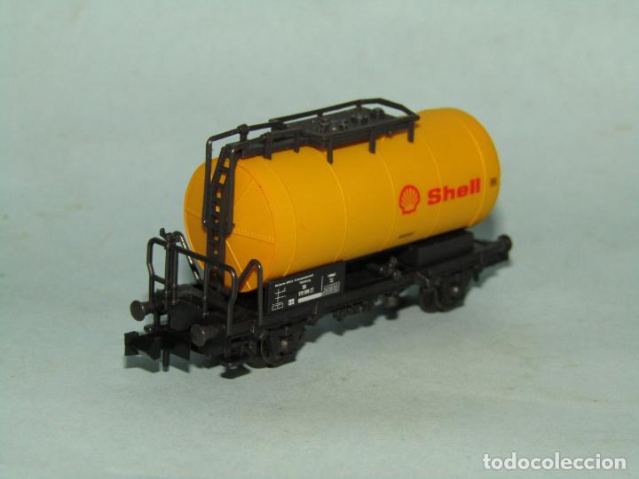 Trenes Escala: Vagón Cisterna SHELL de la DB en Escala *N* de ROCO - Foto 6 - 257486635