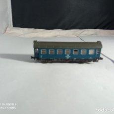 Trenes Escala: VAGÓN PASAJEROS DE LA DB ESCALA N DE ROCO. Lote 261678680