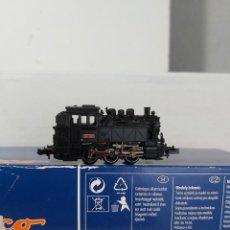 Trenes Escala: LOCOMOTORA RENFE 03-0233. Lote 269803358