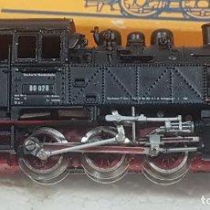 Trenes Escala: ROCO LOCOMOTORA VAPOR BR 80. Lote 271963293