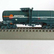 Trains Échelle: VAGÓN CISTERNA REPSOL / TRANSFESA - ROCO N 25531. Lote 280458948