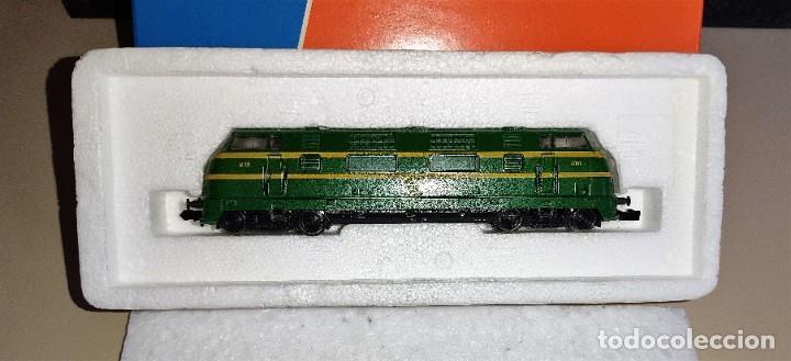 LOMOTORA DIESEL RENFE ROCO 23288.1 EN EXCELENTE ESTADO (Juguetes - Trenes a Escala N - Roco N)