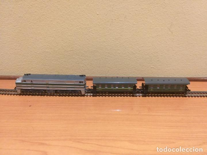 Trenes Escala: Pareja de coches de viajeros de 2 ejes. Antiguos. Marca ROCO. - Foto 2 - 289645488