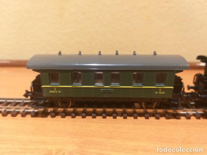 Trenes Escala: Pareja de coches de viajeros de 2 ejes. Antiguos. Marca ROCO. - Foto 6 - 289645488