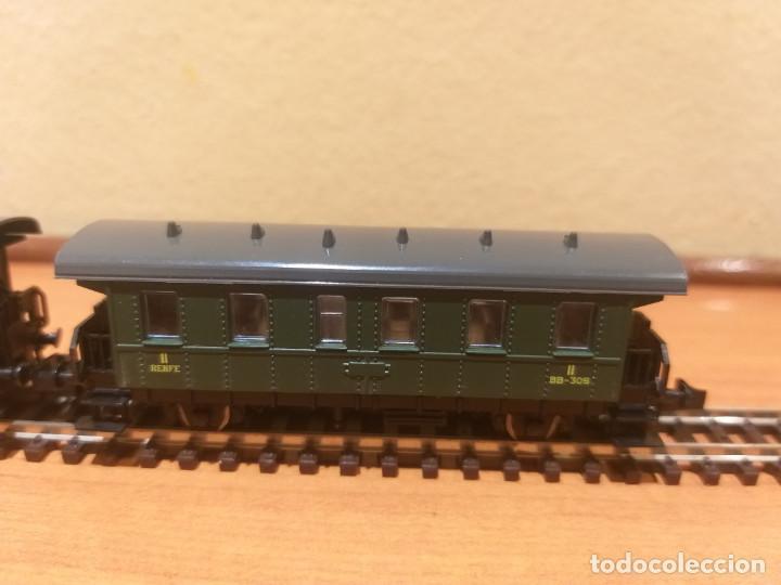 Trenes Escala: Pareja de coches de viajeros de 2 ejes. Antiguos. Marca ROCO. - Foto 7 - 289645488