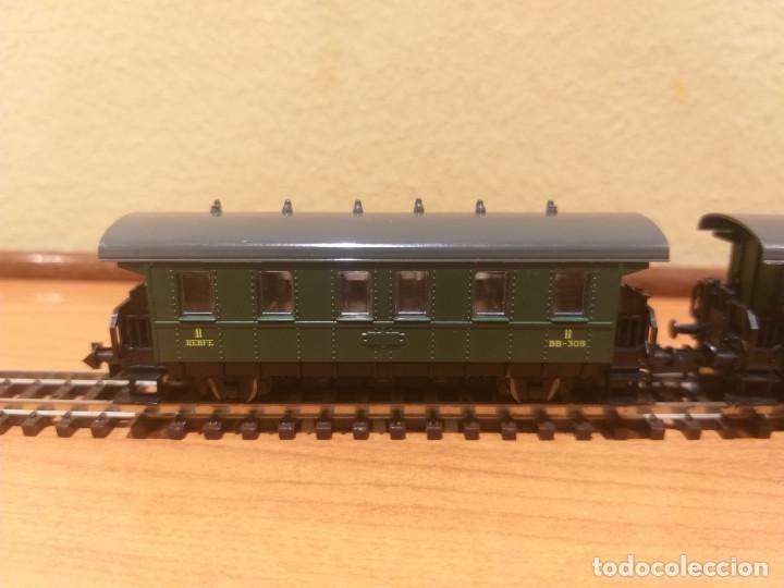 Trenes Escala: Pareja de coches de viajeros de 2 ejes. Antiguos. Marca ROCO. - Foto 11 - 289645488