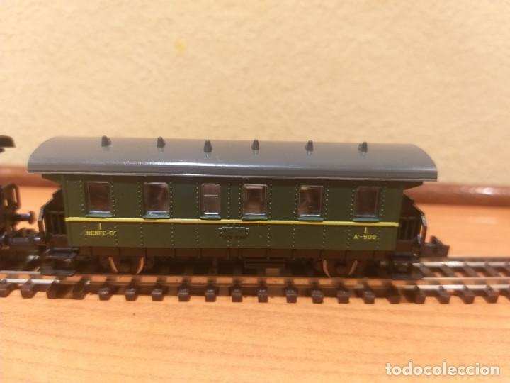 Trenes Escala: Pareja de coches de viajeros de 2 ejes. Antiguos. Marca ROCO. - Foto 12 - 289645488