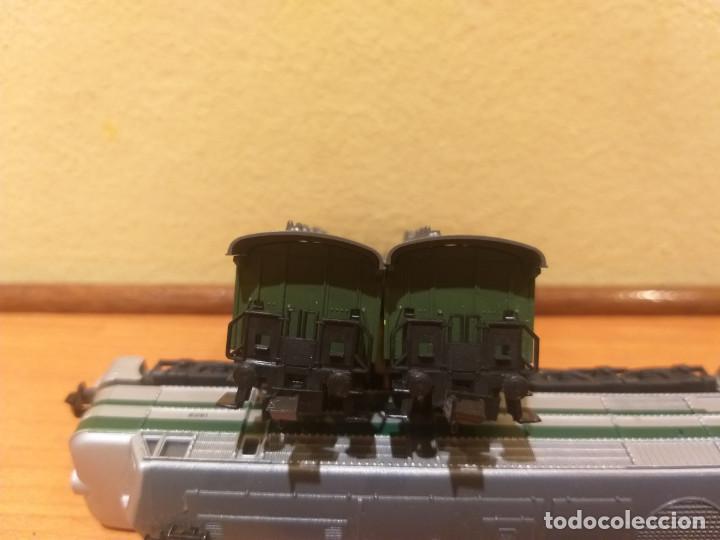 Trenes Escala: Pareja de coches de viajeros de 2 ejes. Antiguos. Marca ROCO. - Foto 14 - 289645488