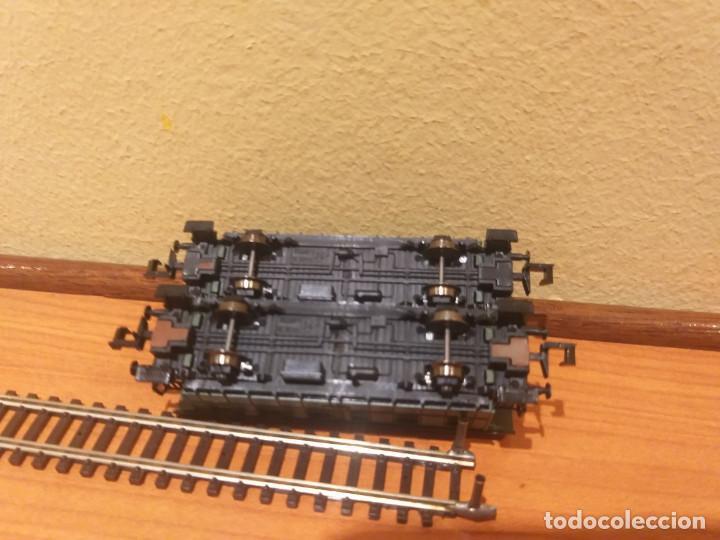 Trenes Escala: Pareja de coches de viajeros de 2 ejes. Antiguos. Marca ROCO. - Foto 16 - 289645488