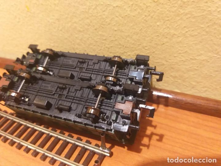 Trenes Escala: Pareja de coches de viajeros de 2 ejes. Antiguos. Marca ROCO. - Foto 17 - 289645488