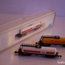Trenes Escala: MÄRKLIN 8825 Y 8826 ESCALA Z: CONJUNTO 3 CISTERNAS SHELL Y ESSO DE 4 EJES. Lote 73008631
