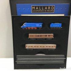 Trenes Escala: MINITRAINS ESCALA 1/220. MALLARD LOCOMOTORA DE RECORD. Lote 114923187