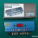 Trenes Escala: INTERRUPTOR DE MANO PARA SEÑALES....REF 8946 MARKLIN MINI CLUB,,CAJA ORIGINAL... Lote 151007030