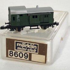 Trenes Escala: MARKLIN VAGÓN DE MERCANCÍAS 'VAGÓN FURGÓN DB', REFERENCIA 8609 ESCALA Z. Lote 169054552