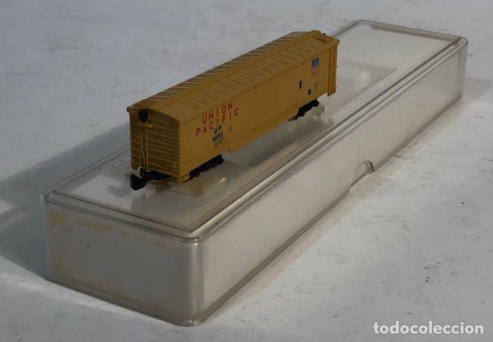 Trenes Escala: MARKLIN MINI CLUB VAGÓN MERCANCÍAS CERRADO USA BOGIES UNION PACIFIC 8641 ESCALA Z. NUEVO - Foto 3 - 193862806