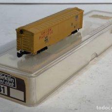 Trenes Escala: MARKLIN MINI CLUB VAGÓN MERCANCÍAS CERRADO USA BOGIES UNION PACIFIC 8641 ESCALA Z. NUEVO. Lote 193862806