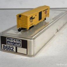 Trenes Escala: MARKLIN MINI CLUB VAGÓN MERCANCÍAS CERRADO USA BOGIES RAIL BOX 8682 ESCLA Z. NUEVO. Lote 194373306