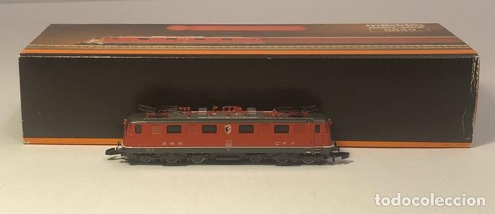 Trenes Escala: MARKLIN LOCOMOTORA ELÉCTRICA SBB, 2C1. ROJA REFERENCIA 8849 ESCALA Z - Foto 4 - 201268340