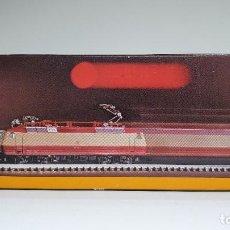 Trenes Escala: MARKLIN MINI CLUB LOCOMOTORA ELÉCTRICA DB BR 120 REF. 8853 ESCALA Z. NUEVO. Lote 235021005