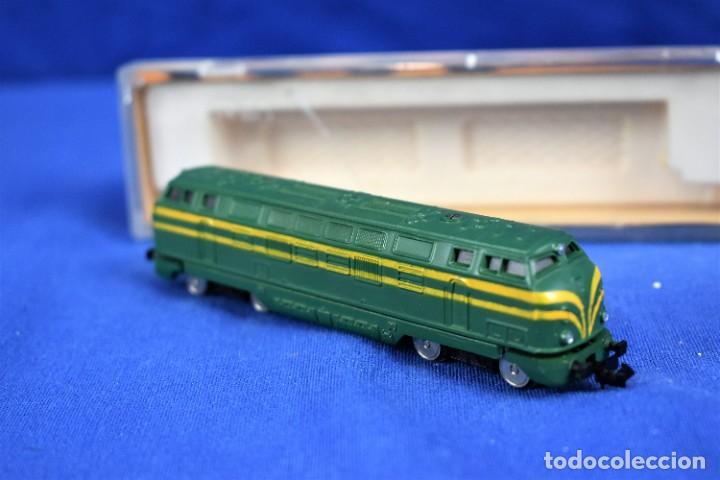 Trenes Escala: Locomotora Diesel B.B. RENFE Ref.016 de IBERTREN 3N - Foto 2 - 288457183