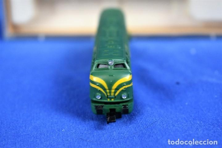Trenes Escala: Locomotora Diesel B.B. RENFE Ref.016 de IBERTREN 3N - Foto 3 - 288457183