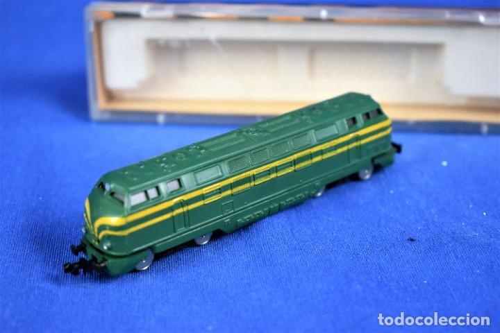 Trenes Escala: Locomotora Diesel B.B. RENFE Ref.016 de IBERTREN 3N - Foto 4 - 288457183