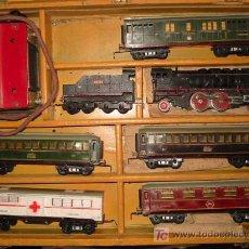 Trenes Escala: TREN PAYA ESCALA S, CON SU MALETA ORIGINAL. 5 VAGONES, CARBONERA, MÁQUINA Y TRANSFORMADOR. Lote 39225441