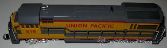 Trenes Escala: ANTIGUA LOCOMOTORA BACHMANN EN CAJA ORIGINAL - 64001 - HO 1/86 3 CARRILES - UNION PACIFIC ESTADOS UN - Foto 3 - 110480044