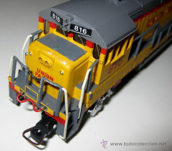 Trenes Escala: ANTIGUA LOCOMOTORA BACHMANN EN CAJA ORIGINAL - 64001 - HO 1/86 3 CARRILES - UNION PACIFIC ESTADOS UN - Foto 4 - 110480044