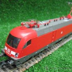 Trenes Escala: PIKO REF: 57418 - LOCOMOTORA DB 182 001-8. Lote 24935370