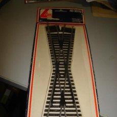 Trenes Escala: TRENES. VIAS Y RAILES. CRUCE. MODELO LIMA. 18 GRADOS. 40 3039.. Lote 32727771