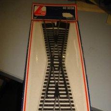 Trenes Escala: TRENES. VIAS Y RAILES. CRUCE. MODELO LIMA. 18 GRADOS. 40 3038.. Lote 32727788