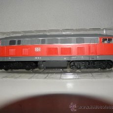 Trenes Escala: TREN ELECTRICO LOCOMOTORA PIKO ESCALA HO MAQUETAS DE TRENES REF 52500. Lote 36114596