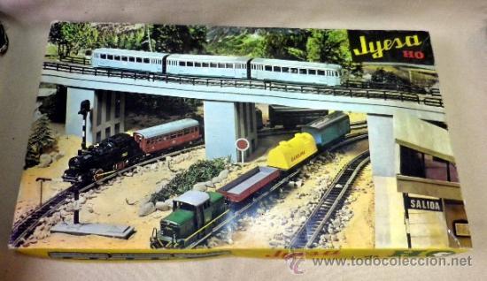 Trenes Escala: TREN ELECTRICO A PILA, LOCOMOTORA MANIOBRAS, Y 3 VAGONES, ESCALA H0, FABRICADO POR JYESA, Nº 1945 - Foto 2 - 38532154
