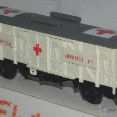 Trenes Escala: ANTIGUO VAGÓN DE TREN ELECTROTREN - VAGÓN AMBULANCIA SANITARIO REF. 1311, ELECTROTREN HO CON SU CAJA. Lote 38281343