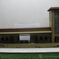 Trenes Escala: KIBRI - ESTACION DE METAL,AÑO 1930 ,MADE IN GERMANI,ESCALA HO. Lote 44467444