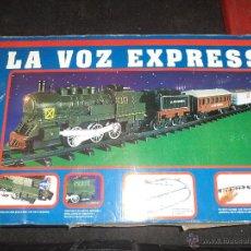 Trenes Escala: TREN A ESCALA A PILAS .FERROCARRIL Y ESTACIÓN.+ DE 8 MTS.. Lote 45079202