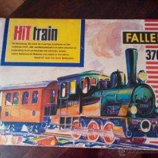 Trenes Escala: 1960 C-TREN JUGUETE A PILAS+ DOS VAGONES+ACCESORIOS-ORIGINAL ALEMÁN-MARCA FALLER 3704-CAJA ORIGINAL. Lote 41745759