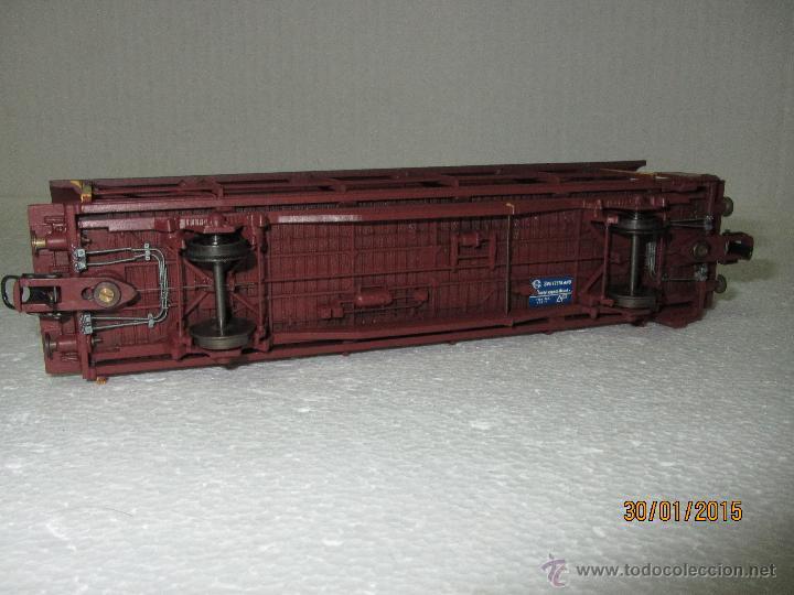 Trenes Escala: Vagón Plataforma Transporte de Vehiculos de Cia. Suiza BLS Escala *H0* de METROPOLITAN SWITZERLAND - Foto 9 - 47494655