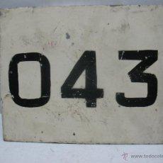 Trenes Escala: ANTIGUA PLACA FERROVIARIA ORIGINAL METÁLICA 043. Lote 50035865