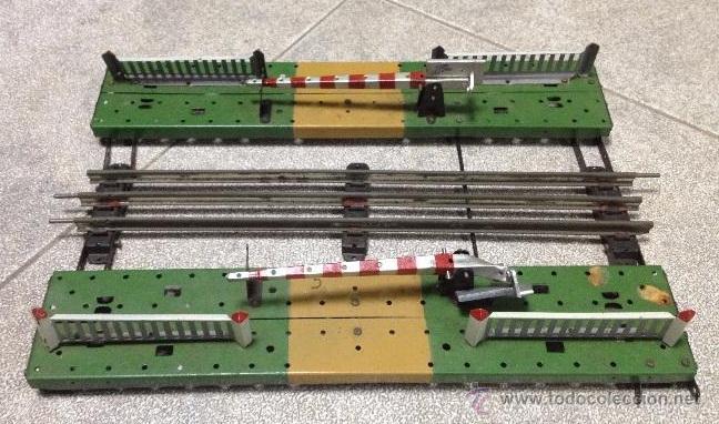 Trenes Escala: ANTIGUO TREN PAYA. CON ESTACION, TUNEL, VAGONES, LUCES, VIAS, CATALOGOS. VER FOTOS - Foto 10 - 52852113