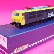 Trenes Escala: RENFE 250 VITRAINS 2042. Lote 54582553
