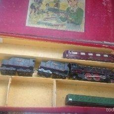 Trenes Escala: PAYA LOCOMOTORA Y VAGONES COCHE BUTACAS DESPICE CON CAJA ORIGINAL ETIQUETA ESCALA S. Lote 56997120